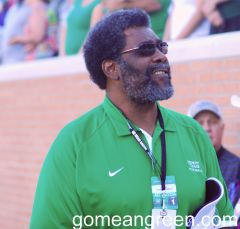 Mean Joe gets a standing ovation in Apogee