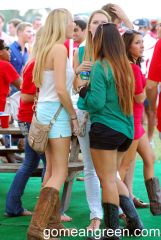 Boots and shorts alive and well in Houston