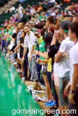 Wall of UNT students enjoy dunks