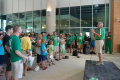 RV Speaks at UNT 2011 Kickoff Cookout