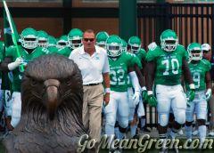 Coach Mac And Team Nicholls 2014