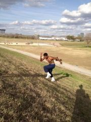 UNT commit Chad Davis working out