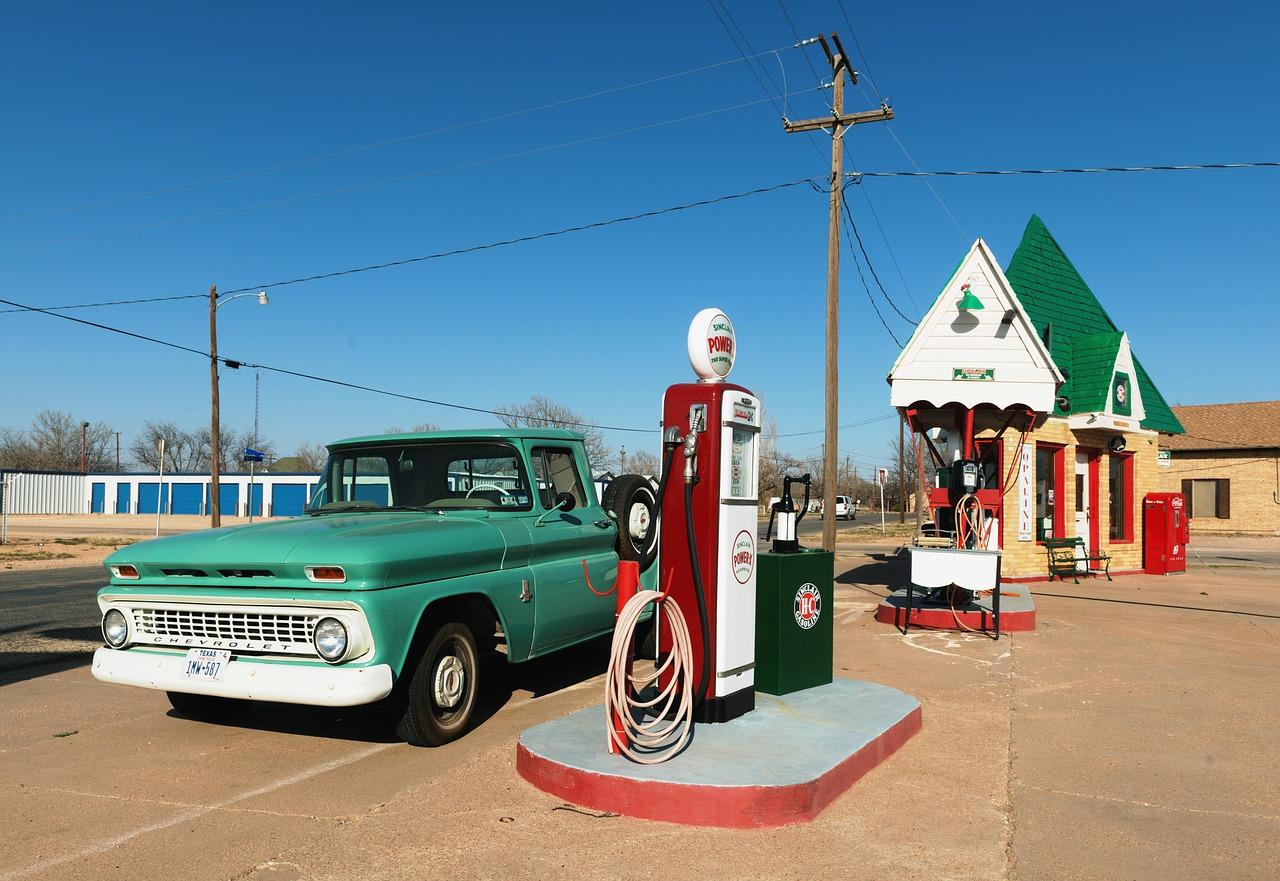 petrol-stations-1664615.jpg